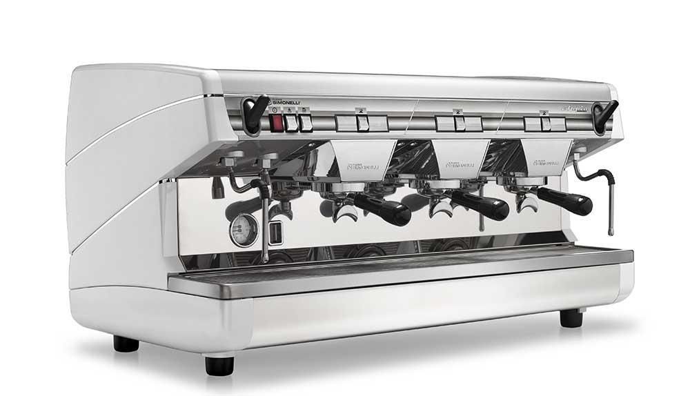 Nuova Simonelli Appia ii 3 Group coffee machine